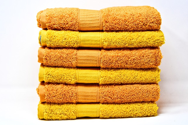 towels orange and yellow